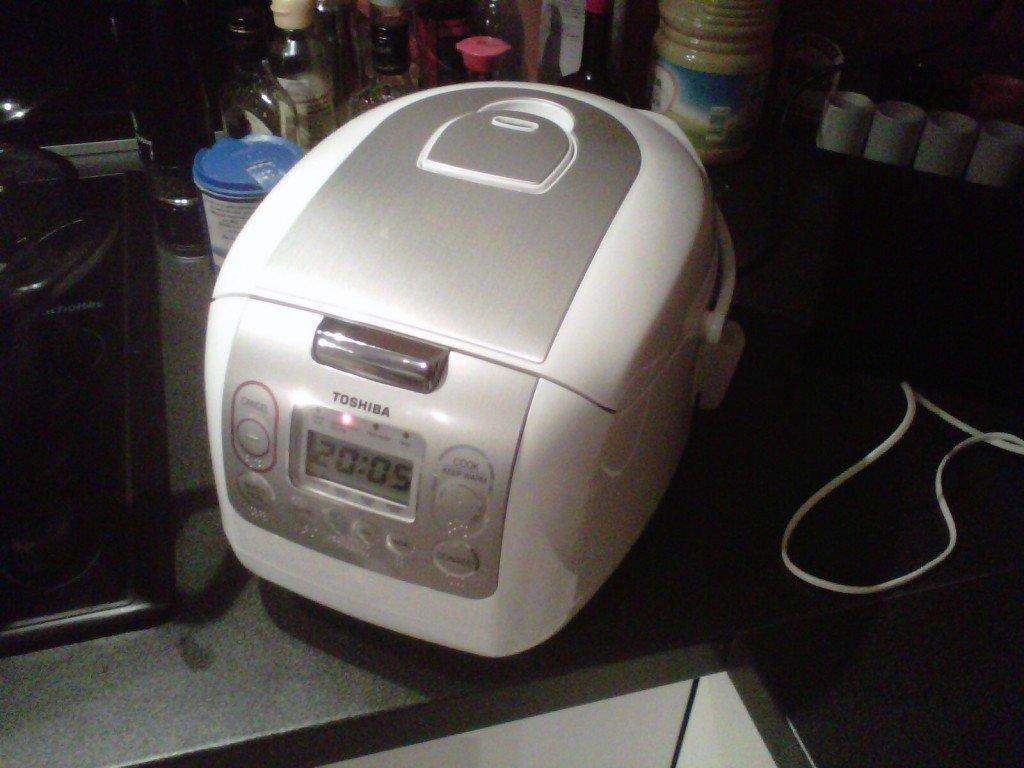 blog culinaire de christine kong archives du blog un autocuiseur de riz haut de gamme. Black Bedroom Furniture Sets. Home Design Ideas